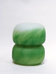 Jade, 2018, 26 x 21 x 21 cm, blown glass, (Museum Ulm)